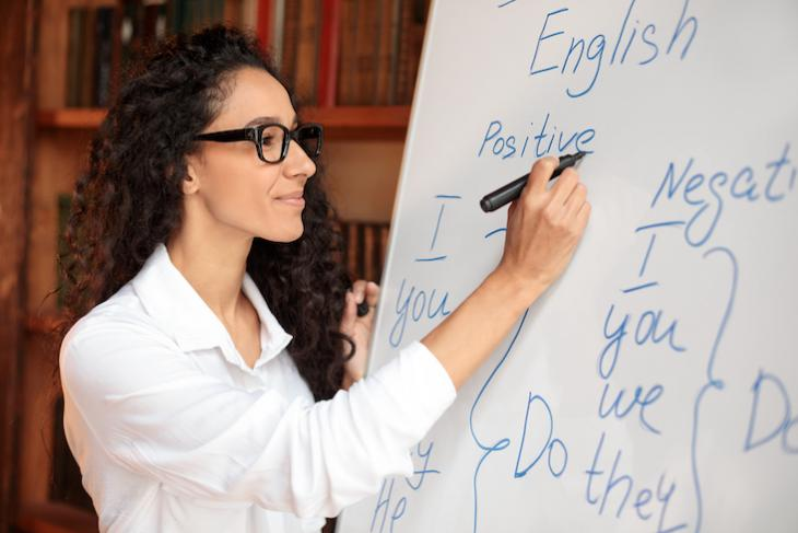 Woman wondering how to find students for online teaching.