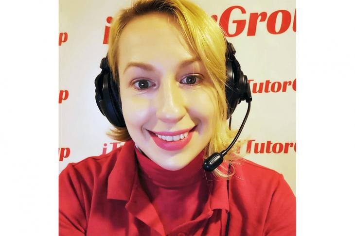 iTutorGroup Olga teaching english online